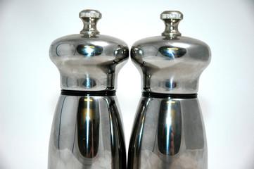 salt and pepper pot tops