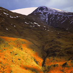 mountains and fells in the english lake district