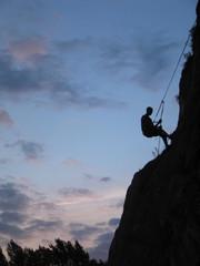 grimpeur en rappel