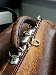handle old traveling bag