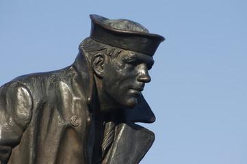 sailor statue1