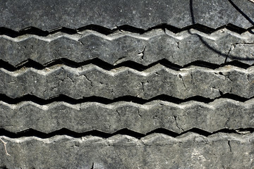pattern on rubber vehicle tyre