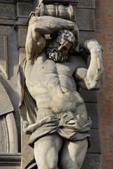 atlante statue