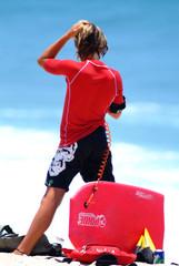 jeune fille surf