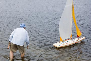 launch boat 3