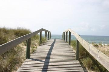 walk in to the atlantic ocean