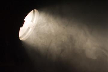 lichtstrahl in der dunkelheit