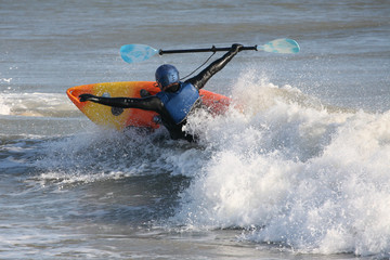 kayaker capsizing