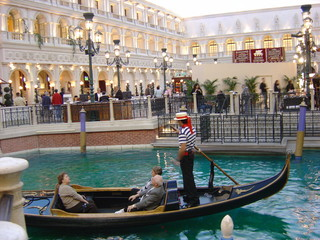 gondola at venetian, las vegas