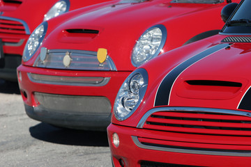 red mini coopers