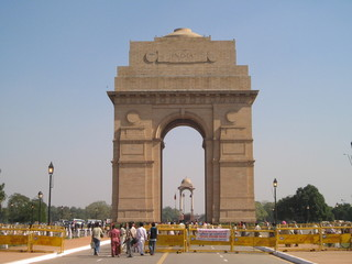 the india gate (new delhi, india)