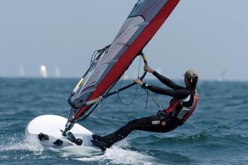 woman sailing 01