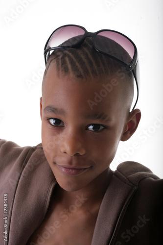 h bscher junge kind modell stockfotos und lizenzfreie bilder auf bild 2384478. Black Bedroom Furniture Sets. Home Design Ideas
