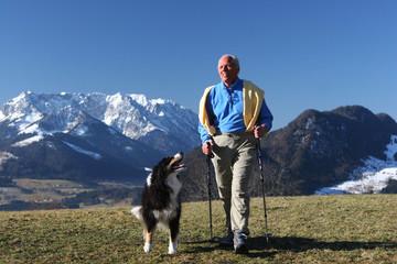 nodik walking mit hund