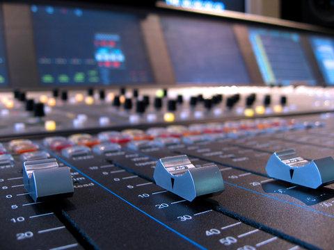 console mixage numerique 2