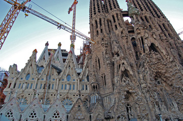familia sagrada cathedral construction