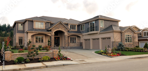 Big american house stock photo and royalty free images for Big houses in america