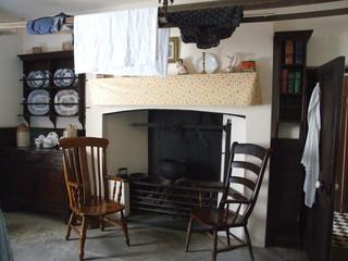historic cottage kitchen