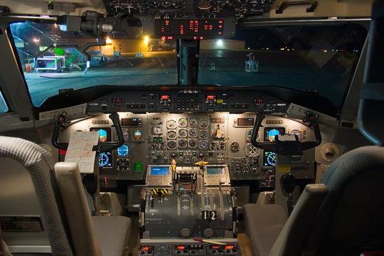 dash-8-200 flight deck
