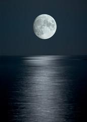 Poster Full moon full moon in black sky
