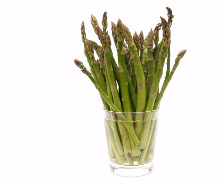 asparagus in water