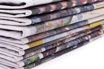 newspaper_pile_01