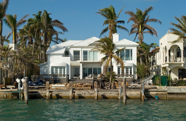 white house by the sea
