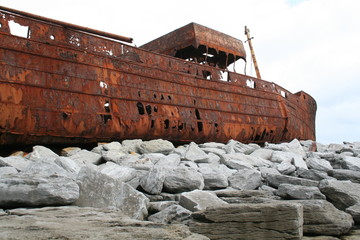 ship wreck on stones
