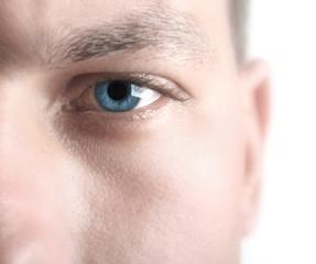 high key blue eye