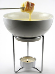 cheese fondue in pot