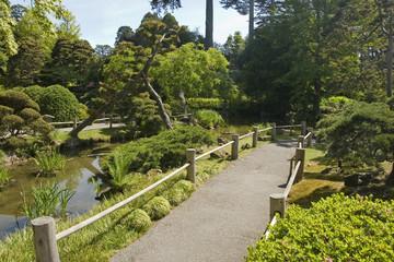 the japanese tea garden and path