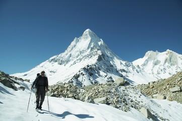 hiking in himalayan