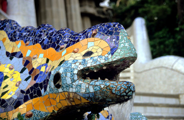 barcelona lizard fountain