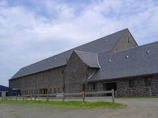 Ferme en pierre de basalte, Auvergne