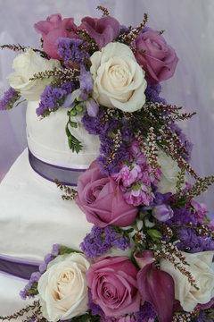 Wedding Cake-Purple & White Roses