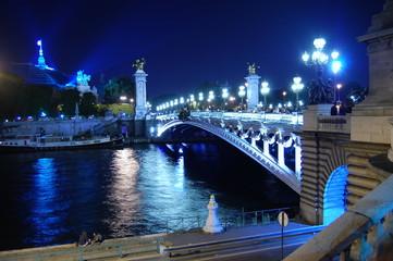 Pont Parisien illuminé