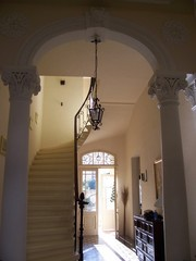 airy beautiful elegant entrance