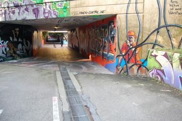 unter der Straße