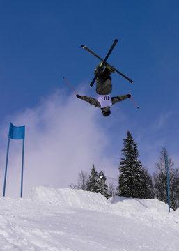 Mogul Skiing - Backflip