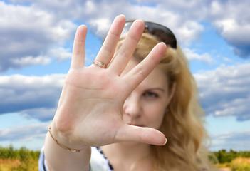 Gesture, hand, interdiction