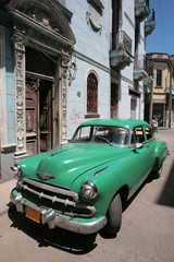 Foto op Aluminium Cubaanse oldtimers Picture of a old car in Cuba. Havana