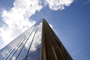 gmbh mit steuernummer verkaufen Kapitalgesellschaft buerogebaeude veraeussern gmbh verkaufen preis