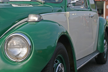 Foto op Plexiglas Oude auto s Green and Grey Bug