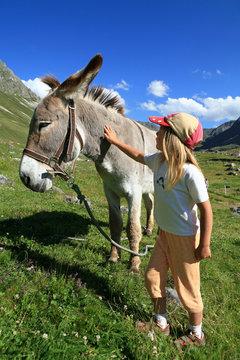 Enfant et âne