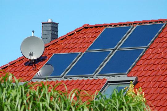 Solaranlage auf einem Hausdach