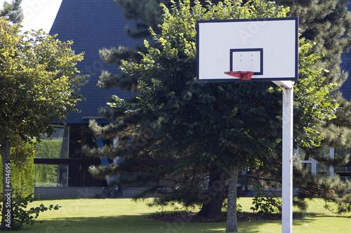 Panneau basket exterieur photo libre de droits sur la for Panneau de basket exterieur