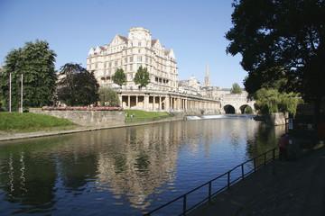 Fotobehang River Avon and Empire Hotel, Bath