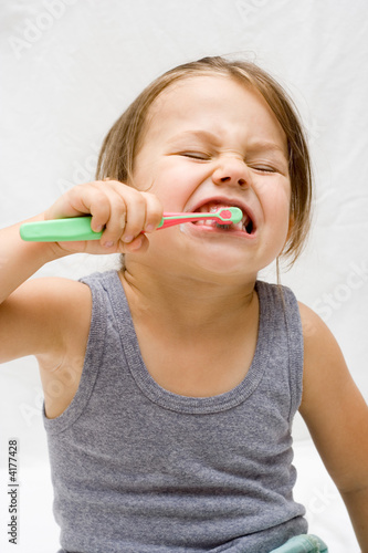 essay on caring of teeth Taking care of your teeth essays on poverty by 0 comments uncategorized a component of my dissertation is also dealing with museums construction and religion i.
