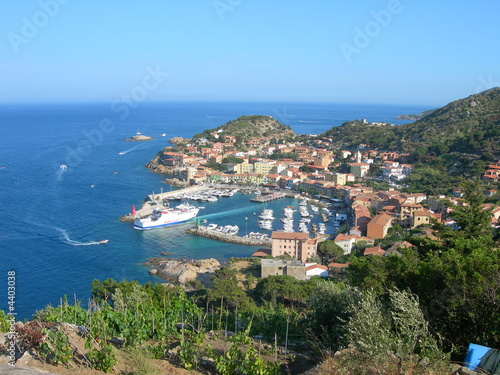 To stay in Isola del Giglio cheap
