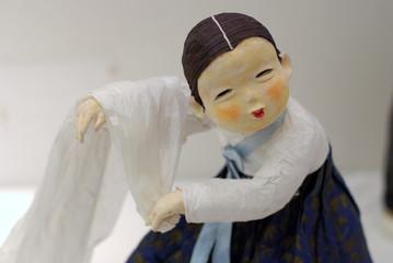Woman Wash Silk